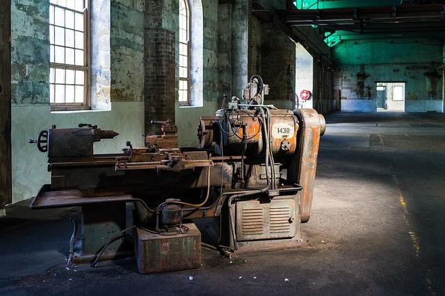 Hledáme strojírenské dělníky
