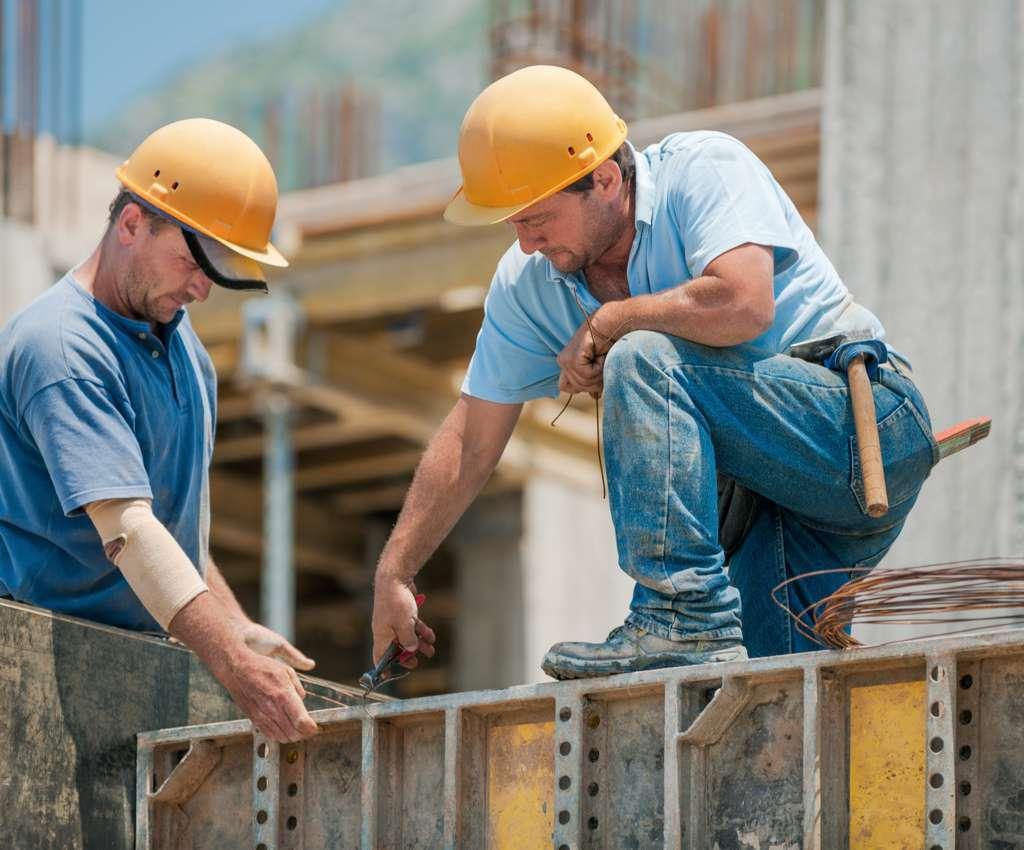 Pracovník údržby lešení a bednění